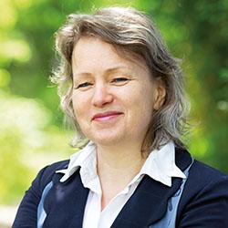 Dr. Anke Schmietainski
